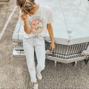 Denim - 💫 NWOT    light wash relaxed jeans